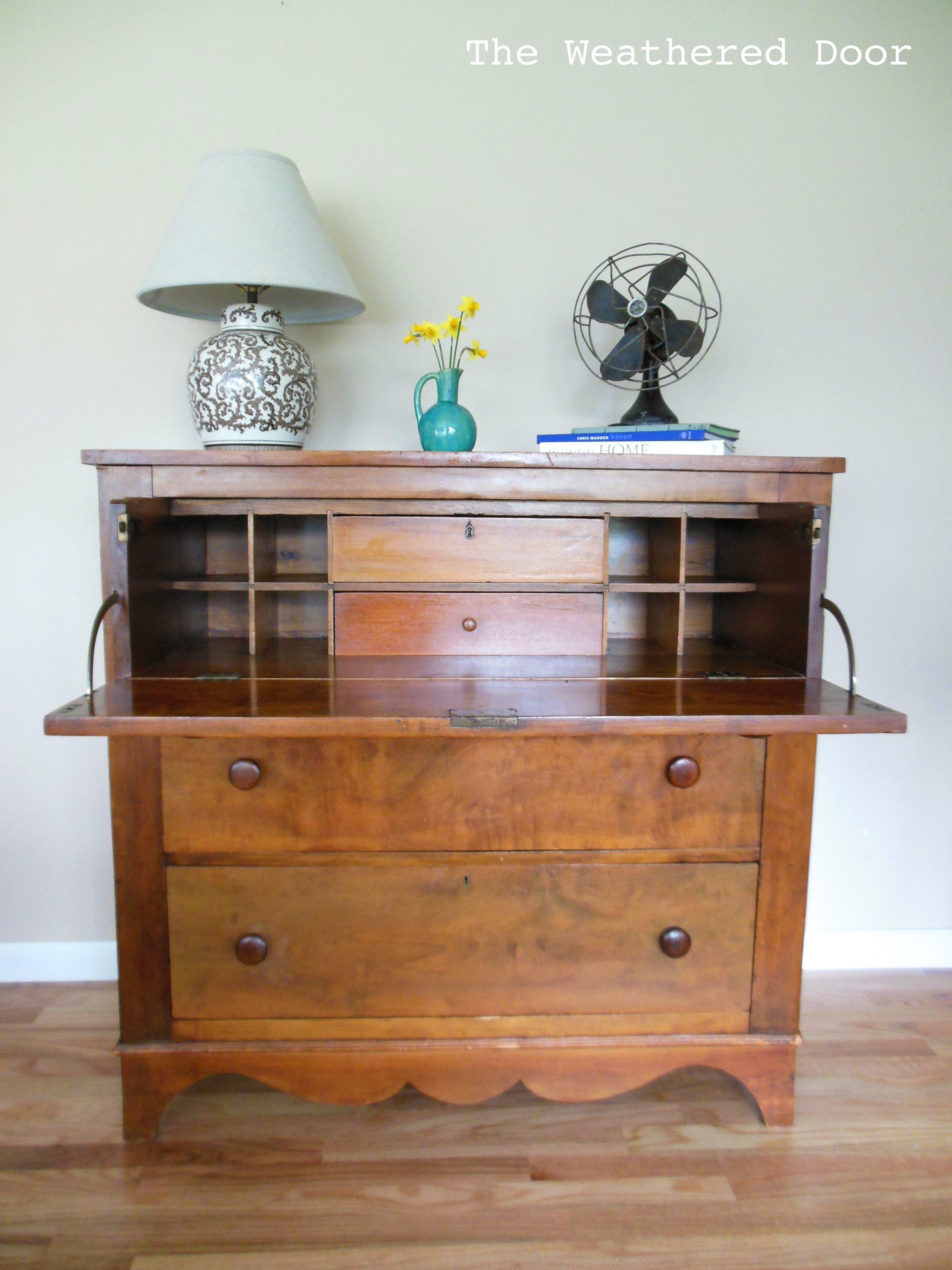 Drop Front Dresser Desk (Butler's Desk) - The Weathered Door