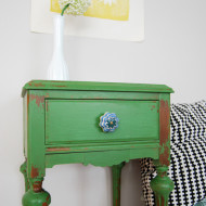 Furniture Reveal: Green Chippy Nightstand