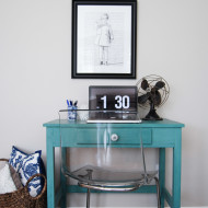 A Little Writing Desk in Tropical Jade milk paint