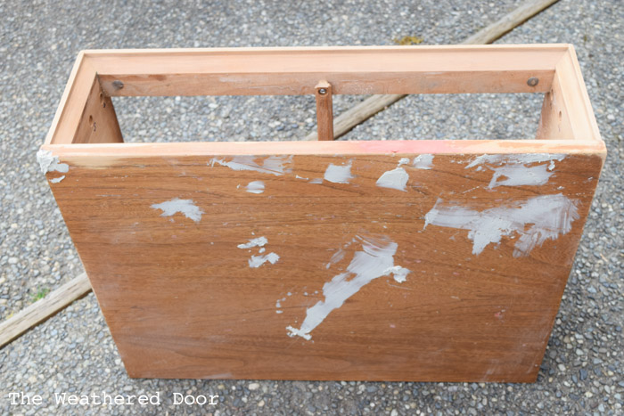 Furniture Repairs: Bondo vs Wood Filler